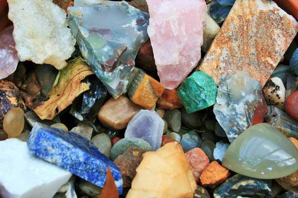 寶石 precious stones
